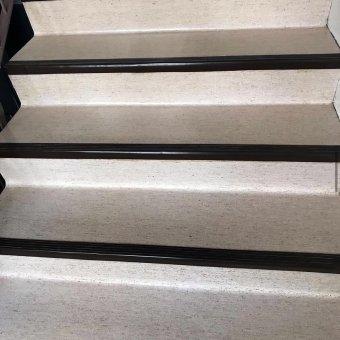 Boning av höghus trappa